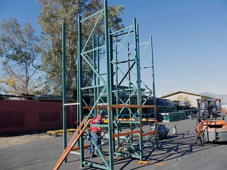 Pallet Rack Building